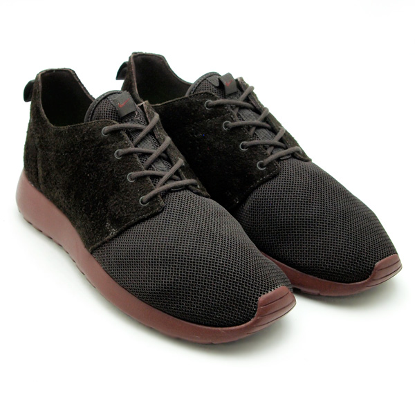 online retailer a3348 7e6c5 ... the mostly mesh Roshe Run into a Autumn Fall shoe with nubuck covering  half of the shoe. Take a peek below at the mens colorways due in a few  weeks.