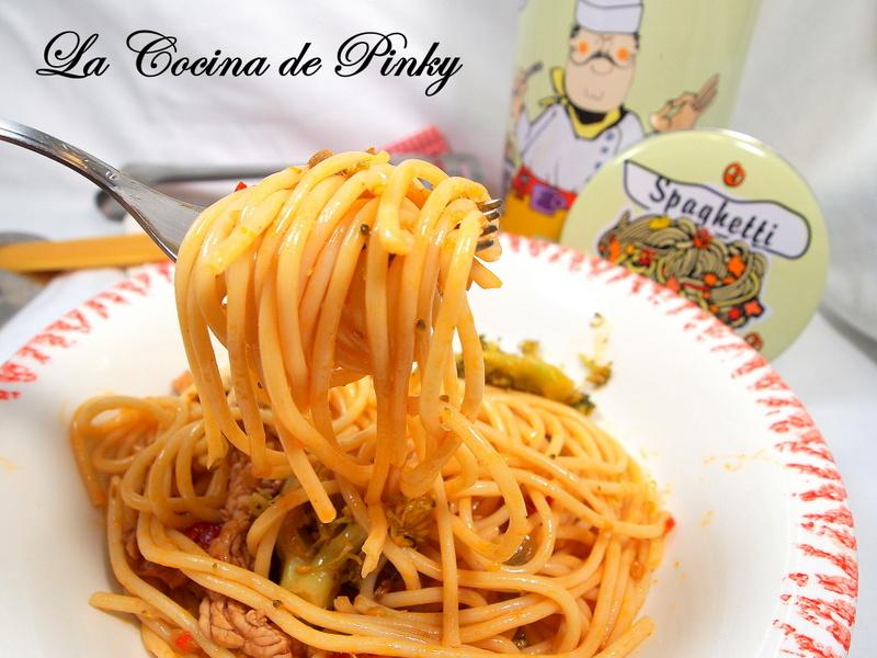 ESPAGUETIS CON POLLO Y VERDURAS  Espaguetis%2Bcon%2Bpollo%2By%2Bverduras%2B2