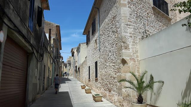 kleine Stäßchen in Alcudia