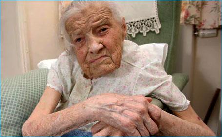 virgen mas vieja del mundo Clara Meadmore
