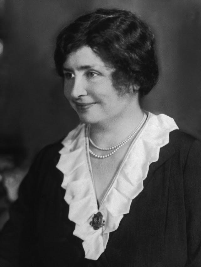 """Who Was """"Helen Keller""""?"""