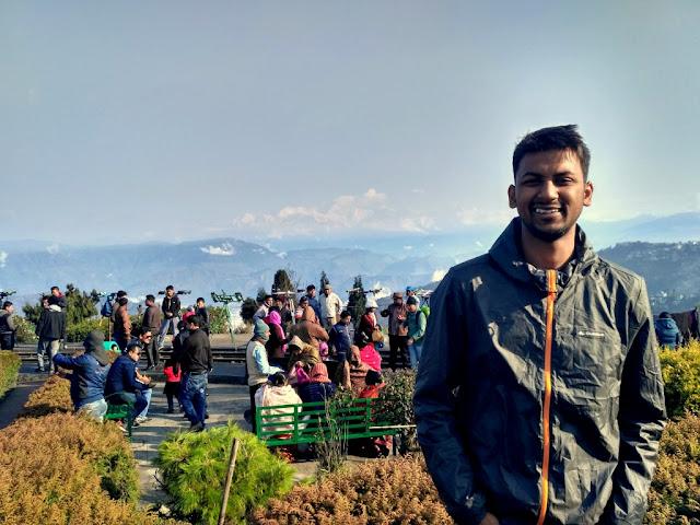 Me posing at Batasia Loop