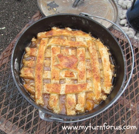 How to make the best texas peach cobbler dutch oven for Dutch oven camping recipes for two