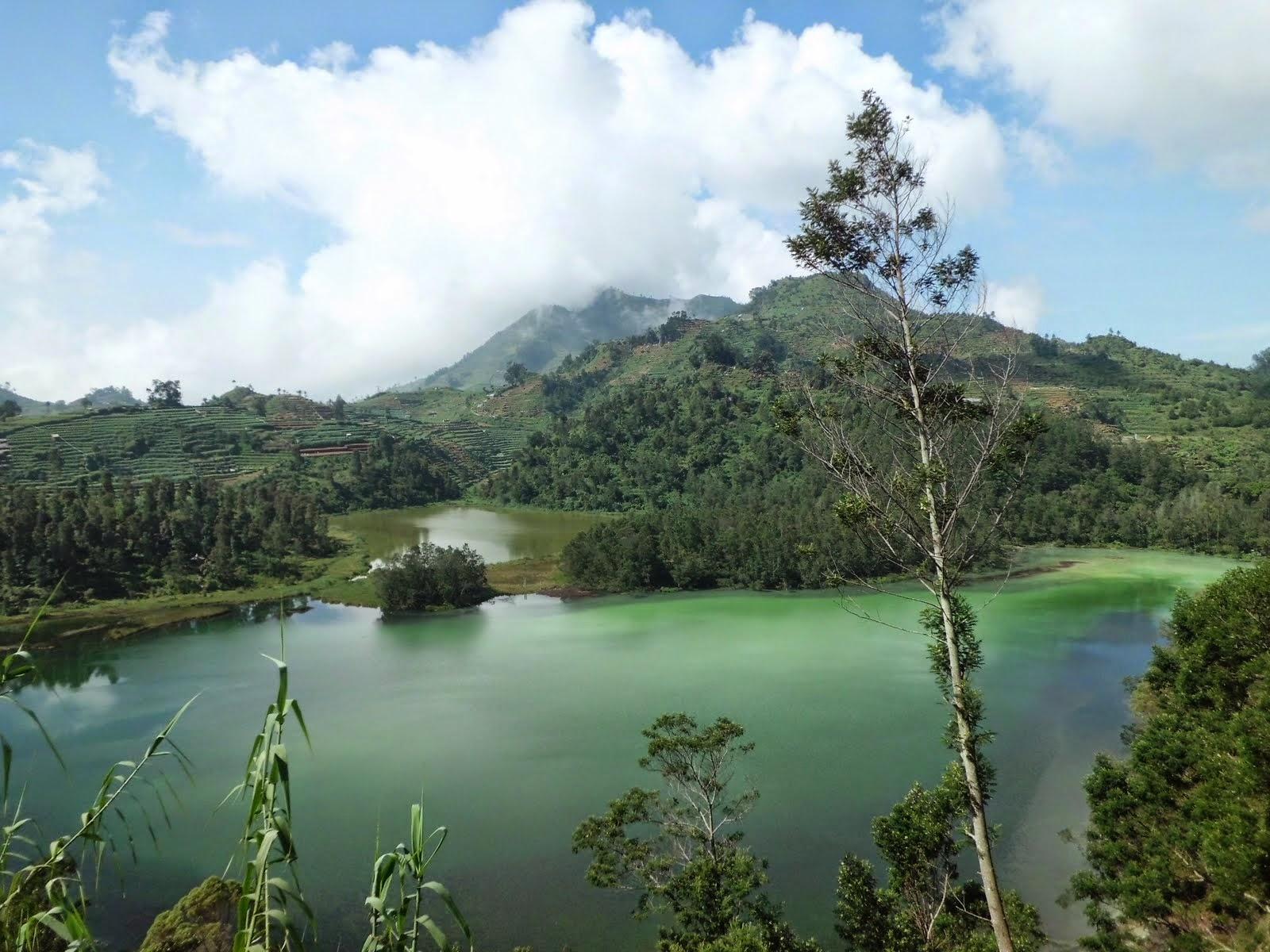 Telaga Warna Obyek Wisata Alam Kab. Bogor - BINARnews ...