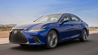 2019 Lexus ES blue front