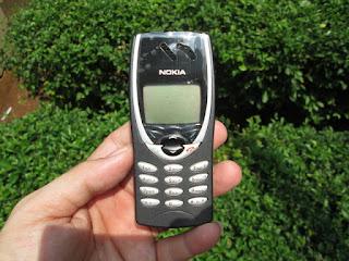 Hape Jadul Nokia 8210 Seken Mulus Kolektor Item