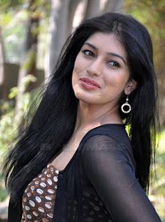 0021 WWW.BOLLYM.BLOGSPOT.COM Actress Preeti Bhandari  Stills in Black Dress at Ooh La La La Movie Press Meet Picture Posters Stills Image Wallpaper Gallery.jpg