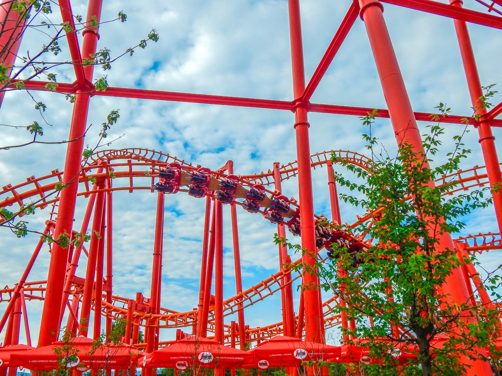 15 enerylandia atrakcje dla rodzin dla dzieci dla starszych czy warto ile kosztuje bilet jak dojechać recenzja opinie strach boję się roller coaster karuzele strefa wodna speed water coster pokazy lista