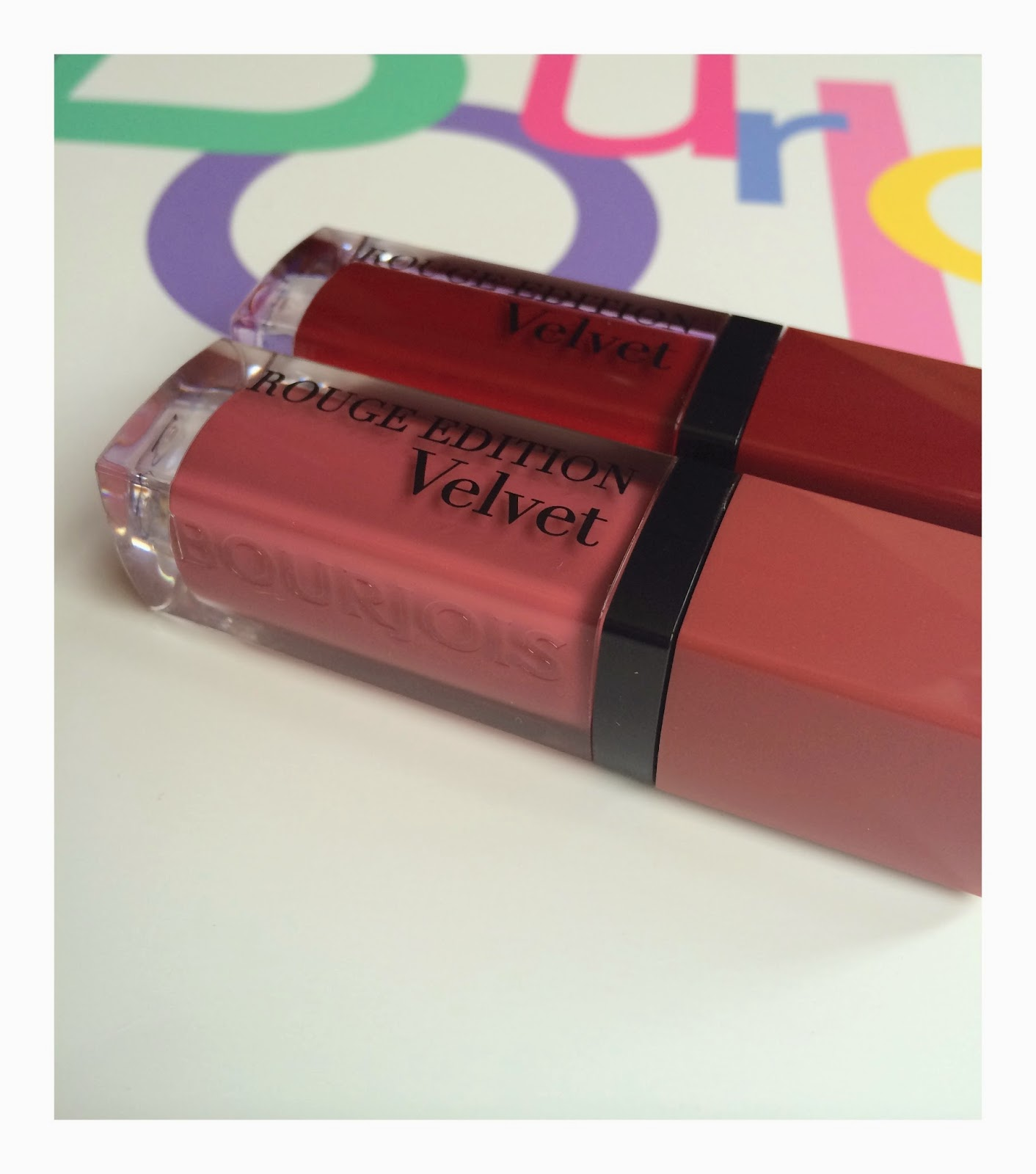 bourjois-rouge-edition-velvet-08- grand-cru-07-nudist