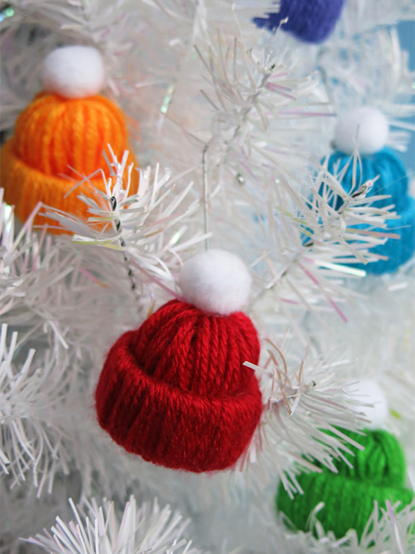 Make a mini winter hat ornament. Easy Christmas craft!