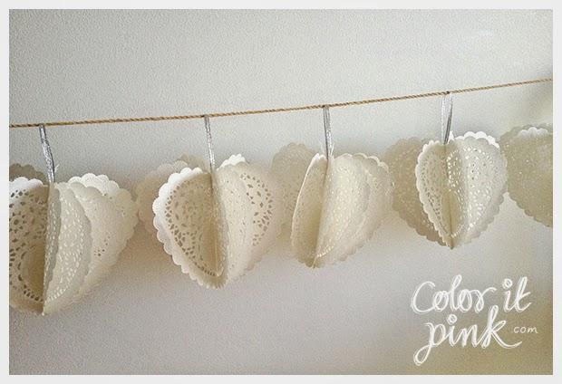 Como hacer una bonita guirnalda de corazones con farolillos de blonda de papel