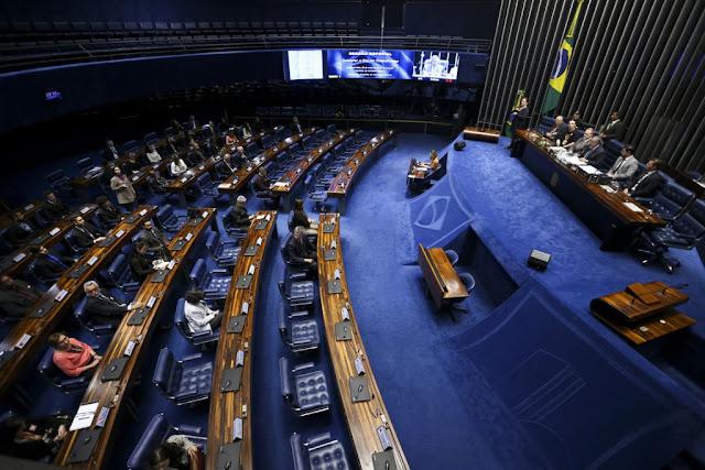 Congresso terá novas tentativas de votar projetos de Escola Sem Partido e leilão do pré-sal