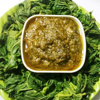 manfaat daun singkong sebagai sayur nasi padang