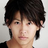 Katsuhiro Suzuki sebagai Mitsuki Nakajo