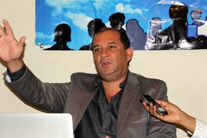 """""""TEMÍA QUE la MATARAN y la MATARON"""", EXIGEN CESES al """"GOBIERNO de CABEZA""""...criminal negligencia, simularon protegerla. 5868491"""