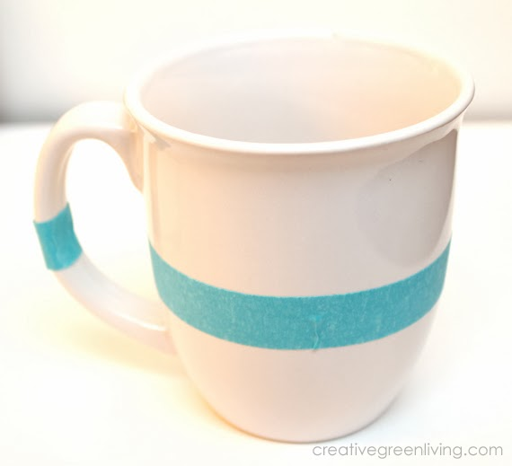 How to paint glitter on a mug