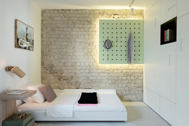 Genial Bed Without Headboard   Lighted Accent Wall