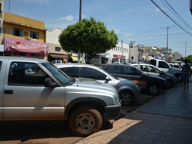 Vendedora é assaltada dentro de estabelecimento comercial em Cacoal