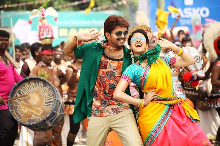 Vijay's Bairavaa Movie Photos-Posters and Pictures