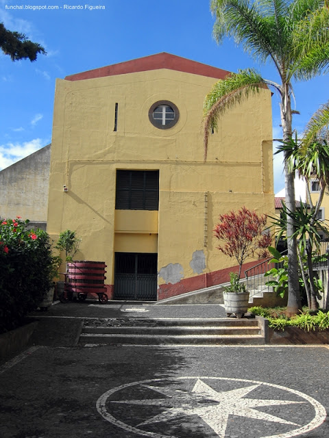 INSTITUTO DO VINHO - FUNCHAL
