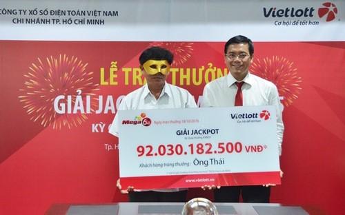 Vài năm nữa Việt Nam sẽ có nhiều tỷ phú nhờ Vietlott