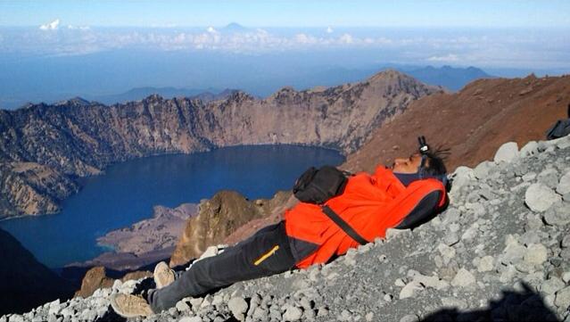 Sepertinya Aku Mulai Jatuh Cinta Pada Gunung Rinjani dan Lombok Juga