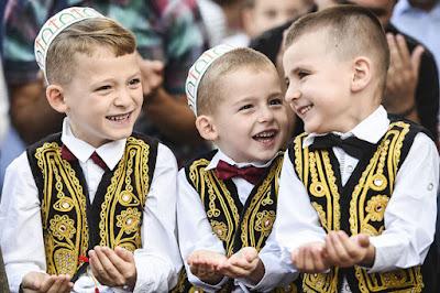 anak kosovo salat ied