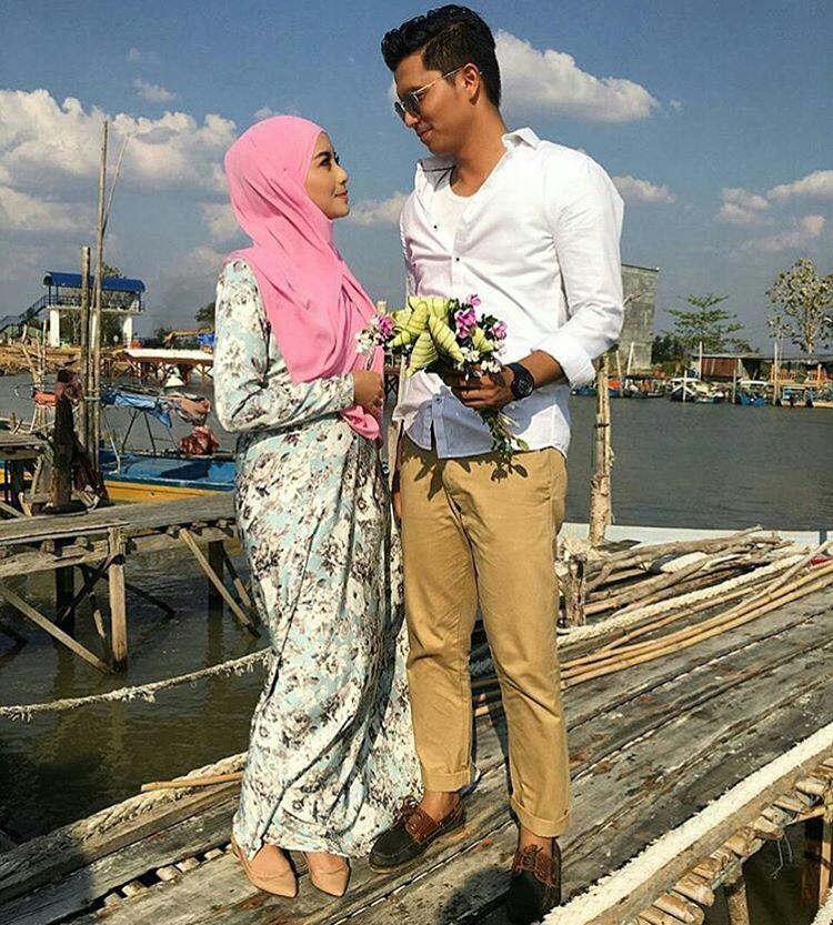 http://lagulagumalaysia.blogspot.com/2016/07/senarai-ost-ketupat-palas-mr-handsome.html