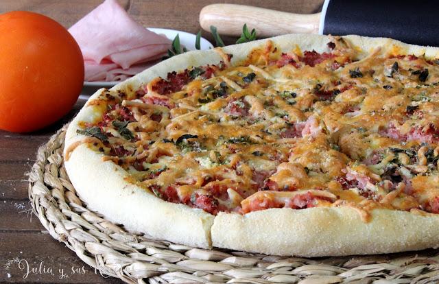 Pizza prosciutto o de jamón cocido. Julia y sus recetas