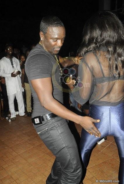 Akon Ass 39