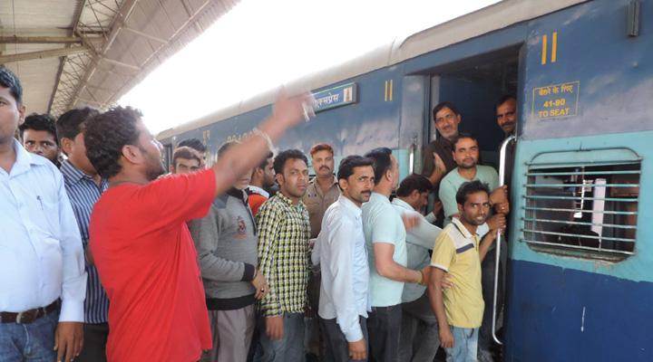 एक सप्ताह तक सद्भावना, श्रमजीवी सहित कई ट्रेनें नहीं चलेंगी
