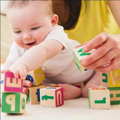 Tips Menstimulasi Kecerdasan Otak Bayi Untuk Tumbuh Kembang Bayi