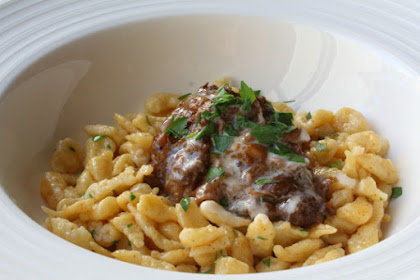 How to Make Spätzle (aka Spaetzle) – Little Sparrows for Big Meat