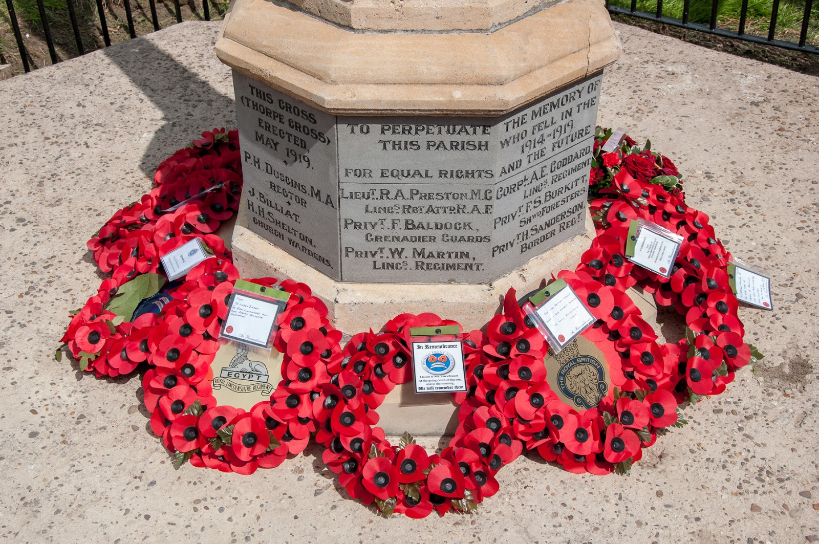 Thorpe-le-Fallows memorial