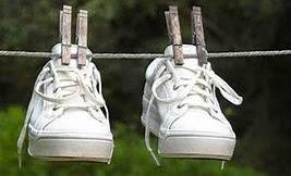 5 Tips Menjaga Sepatu Putih Agar Tetap Bersih dan Menawan