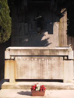 Morandi's tomb at the Certosa di Bologna