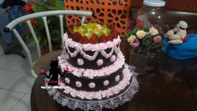 Cake Tart Wedding Party Black Forest lapis Coklat 2 Susun