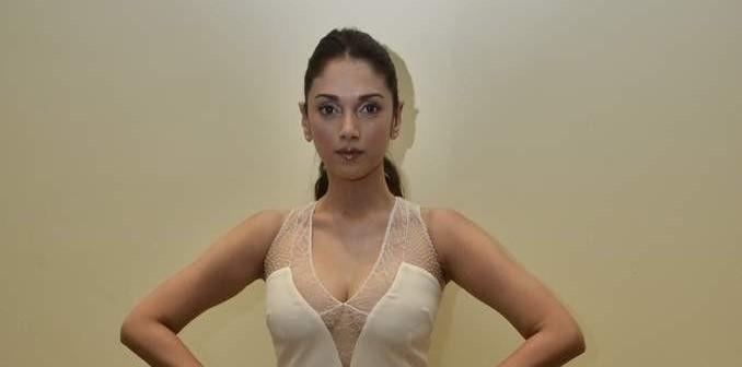 Aditi Rao Hydari hot, Aditi Rao Hydari bio