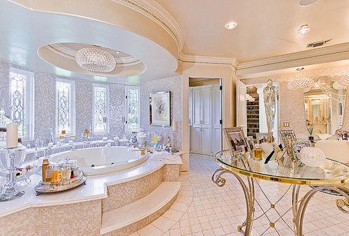 Team Exy Nice Bathrooms