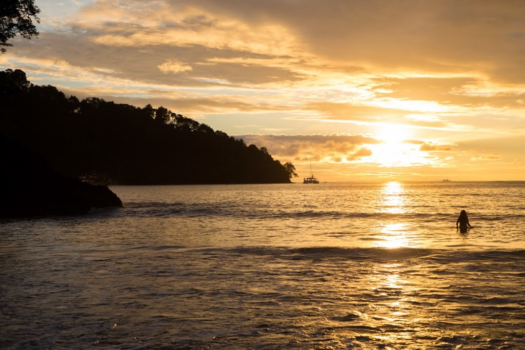 Atardecer en las playas de Costa Rica