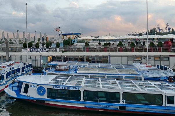 Landungsbrücken, St pauli, Hamburg, Barkasse, Traute, Abicht, Hafen, Dachtereasse