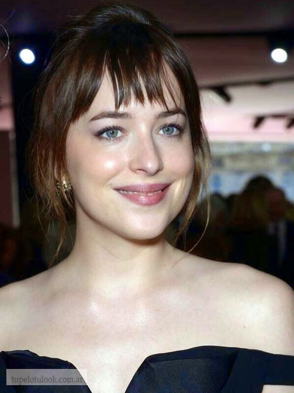 peinados con flequillo 2015 Dakota Johnson