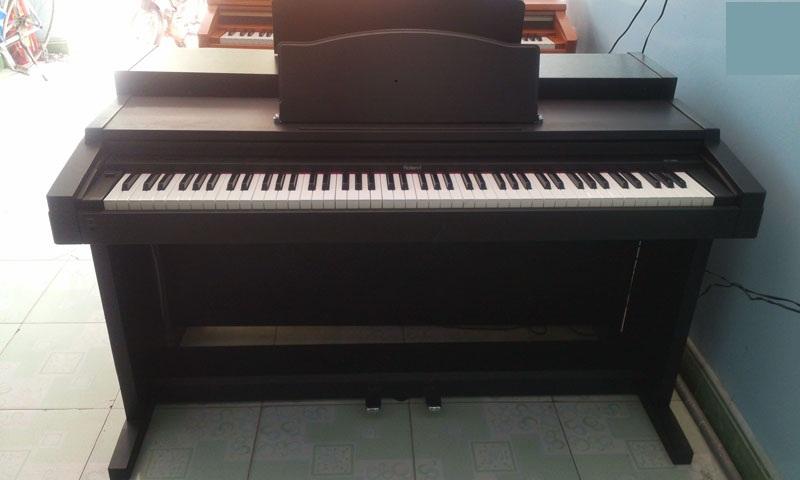 Roland HP-1700L