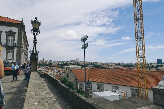 ポルト大聖堂(Sé do Porto)前の広場からの眺め
