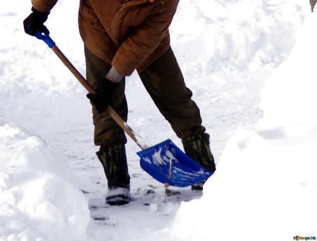 ΓΣΕΕ: Υγεία και ασφάλεια εργαζόμενων σε συνθηκες  ψύχους, εντόνων χιονοπτώσεων και παγετού