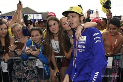 Rossi: Dorna Keliru, Seharusnya Saya yang Dijaga BodyGuard