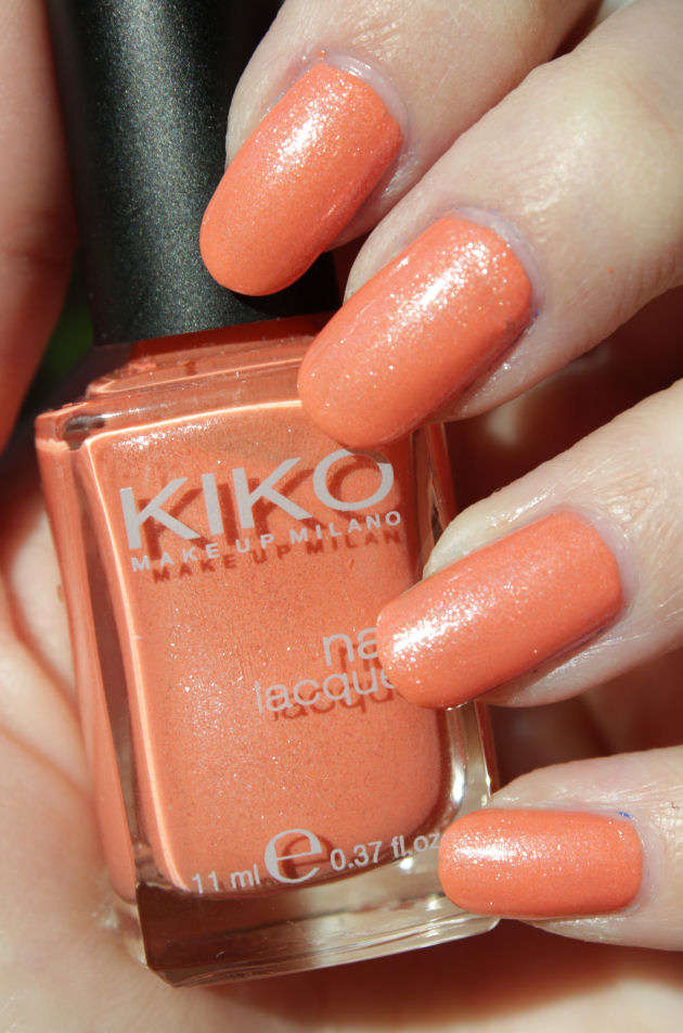 http://lacquediction.blogspot.de/2015/04/kiko-484-pearly-peach.html