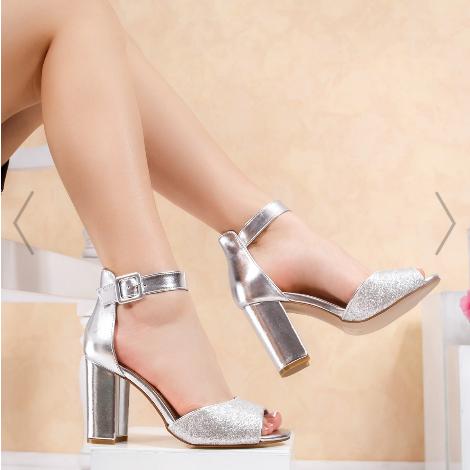 Sandale argintii cu glitter elegante de ocazii cu tocul gros