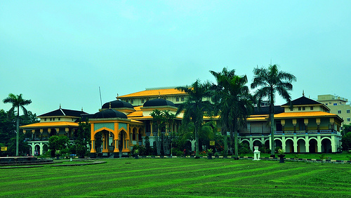 Mengenal Istana Termegah di Indonesia