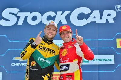 Imagem de Felipe Fraga e Ricardo Zonta, os grandes vencedores de Campo Grande (Fernanda Freixosa/Stock Car/Vipcomm)